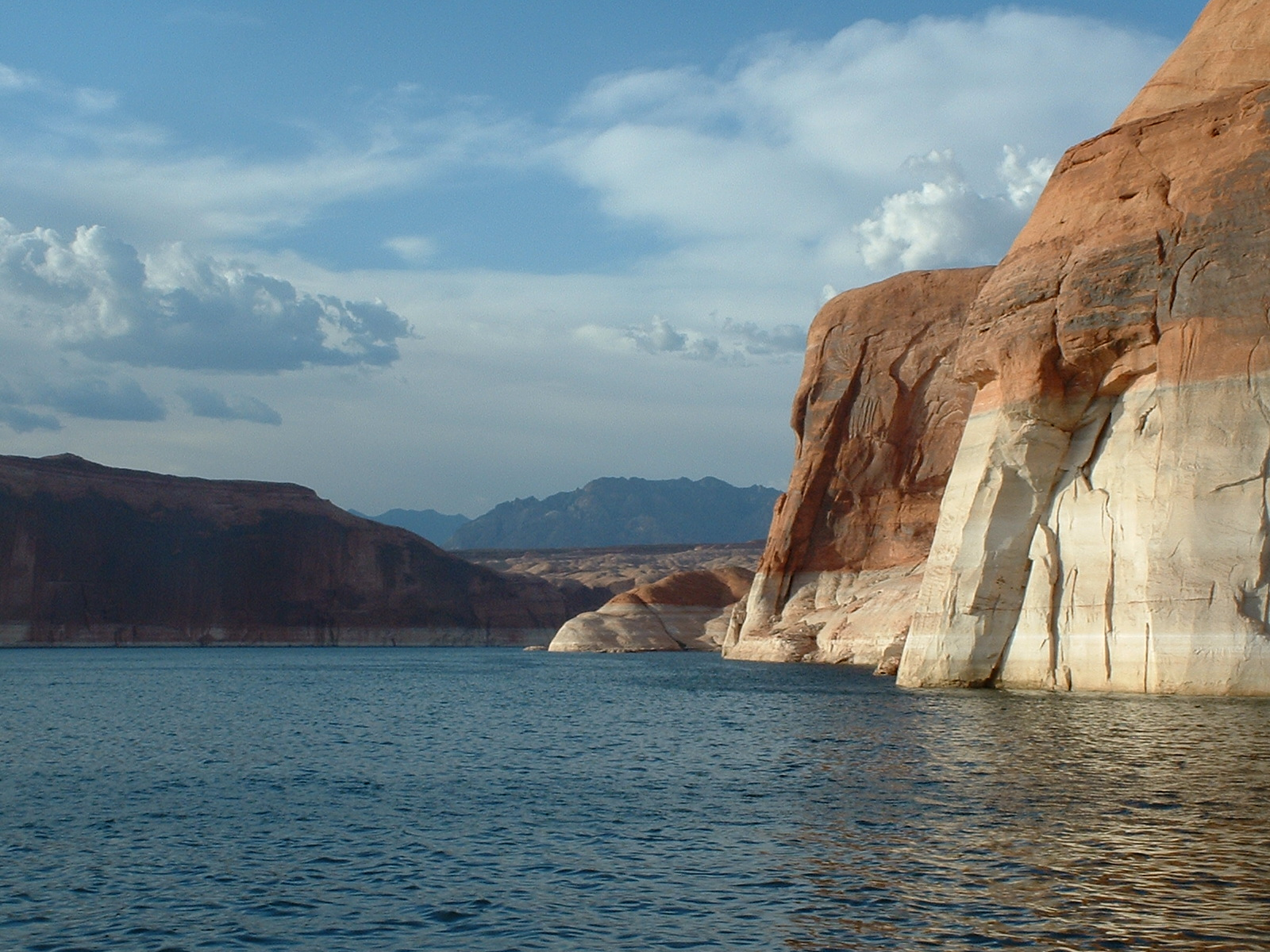muslim singles in lake powell Since moving to canada four years ago, annie idris has tried her fair share of  muslim matrimonial sites four or five, by her guess but i haven't.